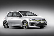 Production VW Golf R400 leads new Ford Focus RS rivals