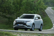 Mitsubishi Outlander PHEV 2018 review