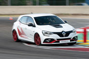Renault Megane Trophy R 2019 first drive review - hero front