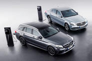 Mercedes pulls PHEVs from production to make way for third-gen tech