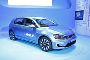 Volkswagen e-Golf - static front
