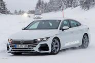 Volkswagen Arteon R spy photos - front