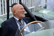 Sir Stirling Moss officially retires at the age of 88