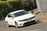 2016 Volkswagen Passat GTE Cornering Front