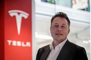 Tesla unveils fully autonomous Autopilot 2.0