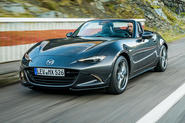 Mazda MX-5 Skyactiv-G 2.0 2018 first drive review action