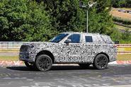 Range Rover prototype Nurburgring side front