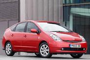 Prius sales top half a million