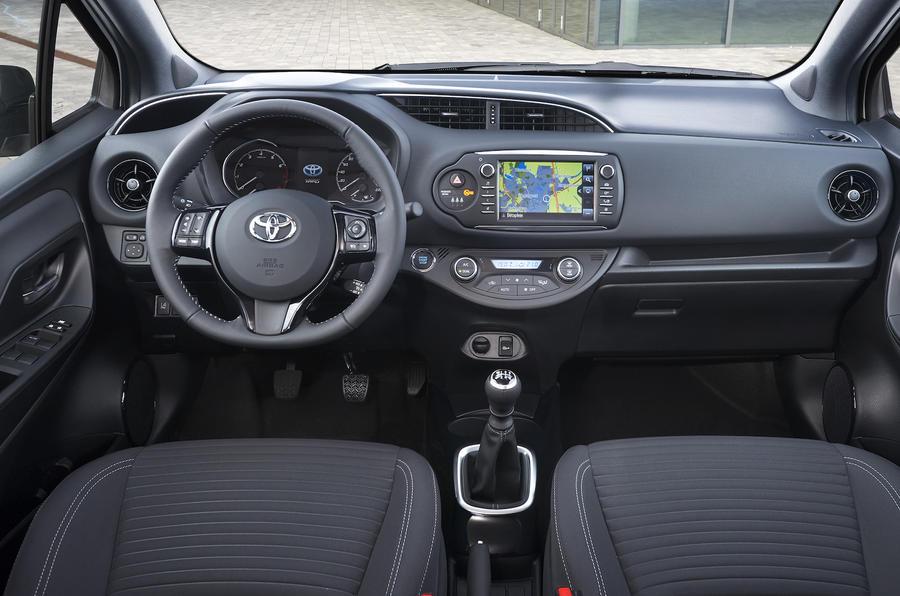 Toyota Yaris 1 5 Vvt Ie 2017 Review Autocar