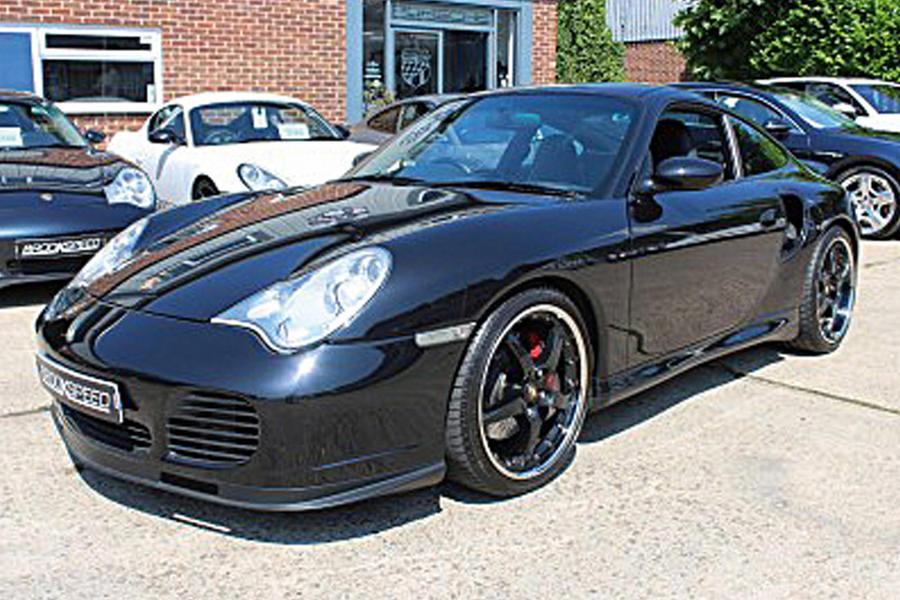 8-porsche-911-turbo-front.jpg?itok=el_v3