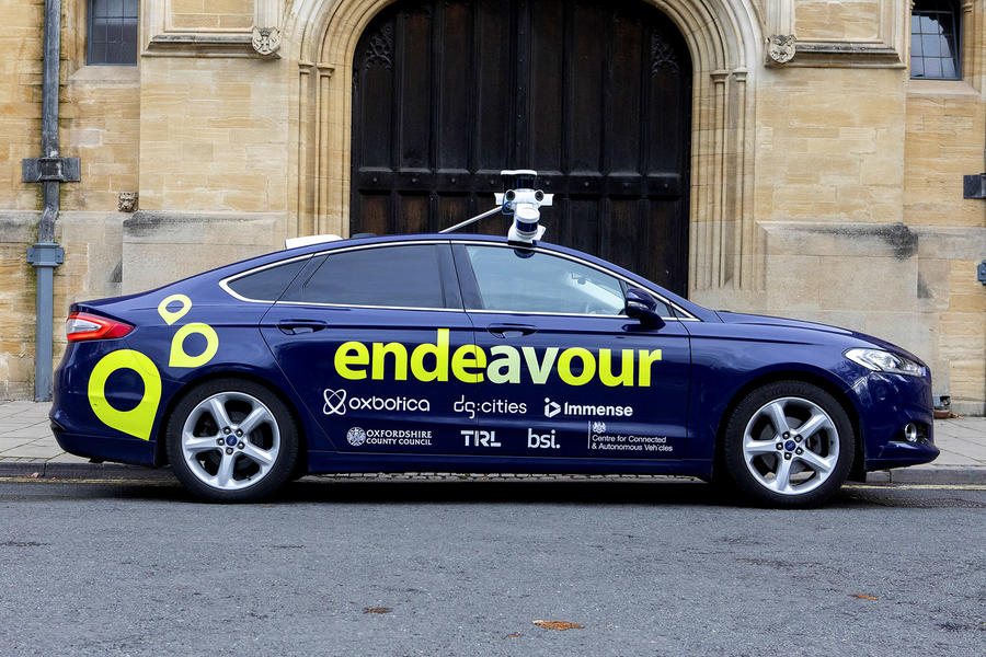 9-autonomous-ford-mondeo-side.jpg?itok=0