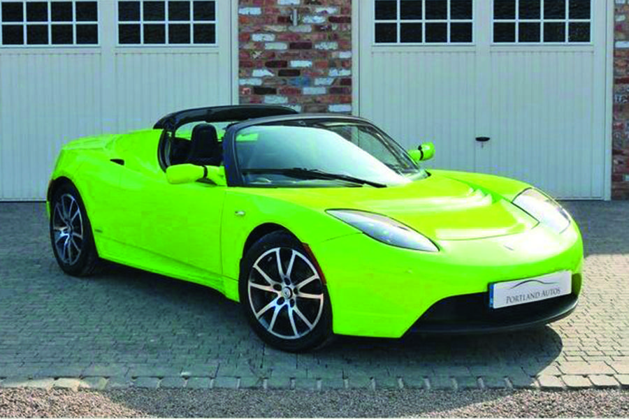 9-tesla-roadster-front.jpg?itok=c8a_onHR