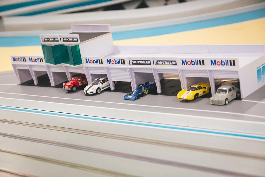 finger-clicking good: autocar goes slot-car racing