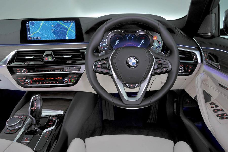 2017 Bmw 5 Series 520d Se Review Autocar