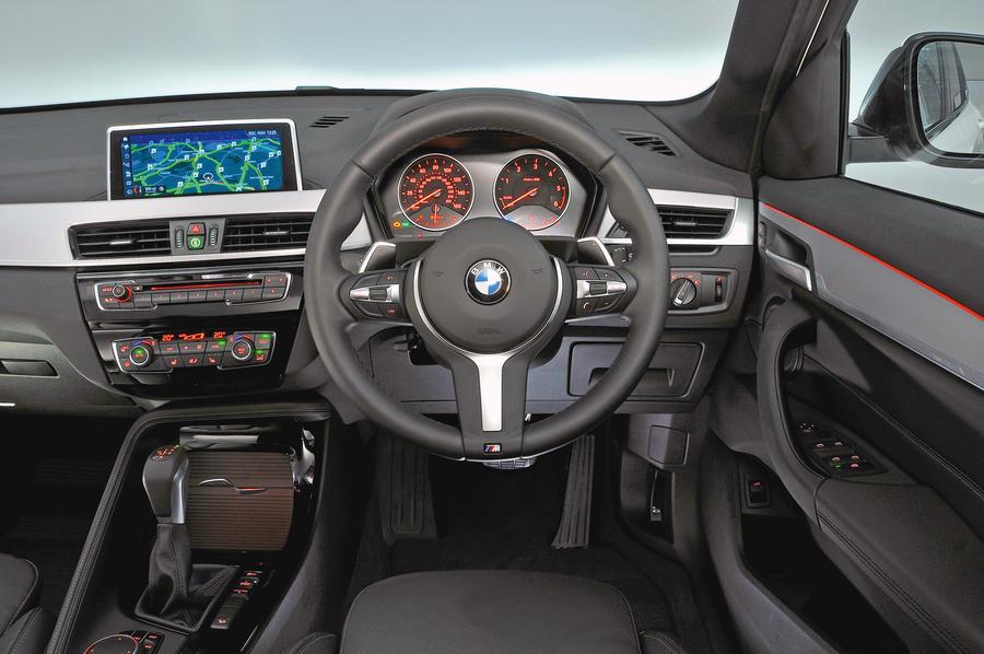 bmw_x1_2017_interior.jpg?itok=Z_VpvcMg