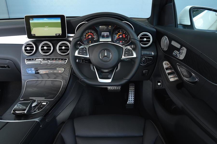 Mercedes-Benz GLC 350 d AMG Line 2017 review | Autocar