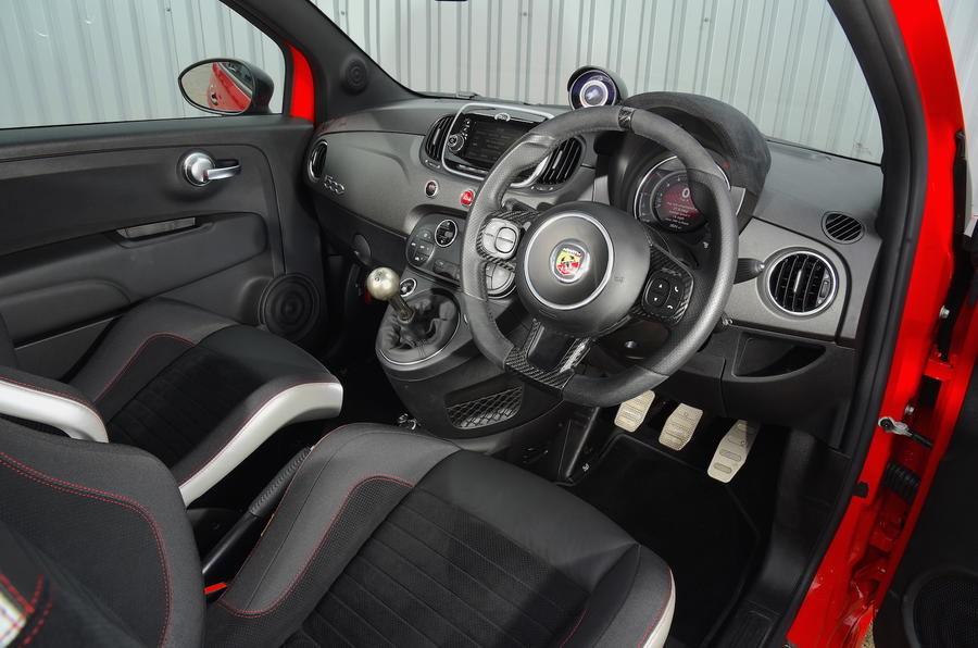 Abarth 595 competizione 2017 review autocar for Interior 500 abarth