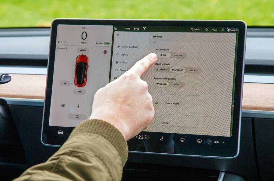 Épreuve de force berline: 2019 Tesla modèle 3 vs nouvelle BMW Série 3 luc 3242