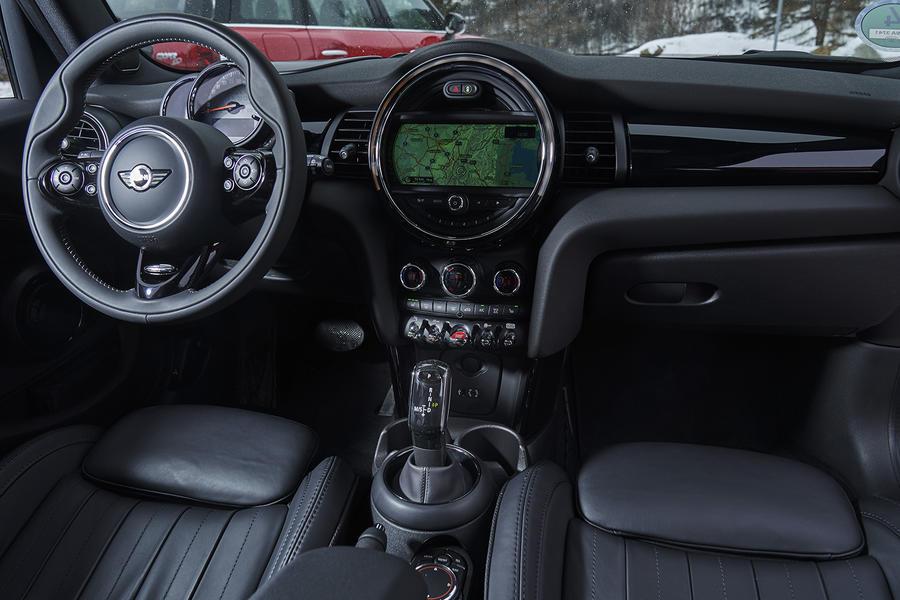 Mini Cooper D Dct 2017 Review Autocar