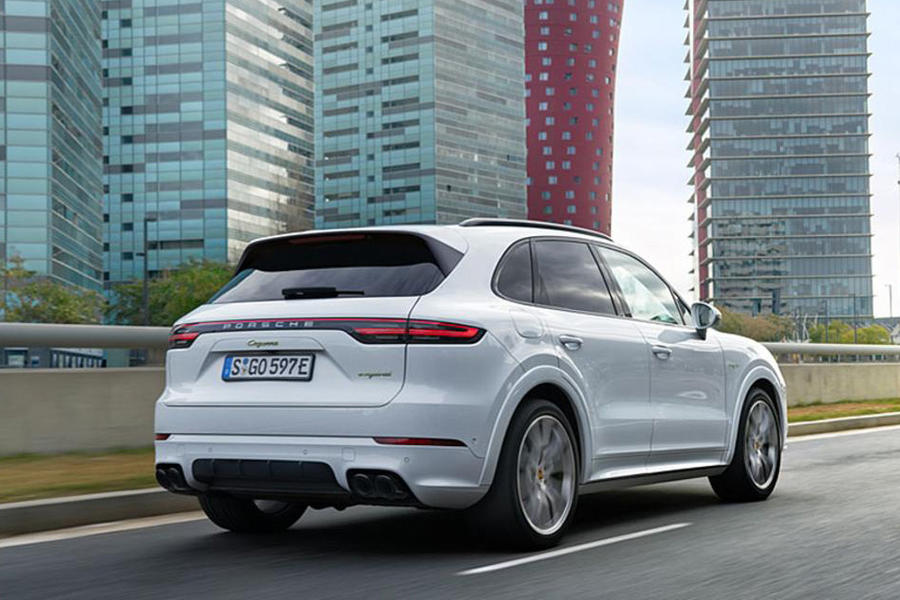 1edafa31c7916f Save money with new Porsche Cayenne deals on What Car