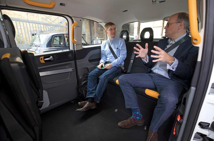 taxi-drive-interior taciki.ru