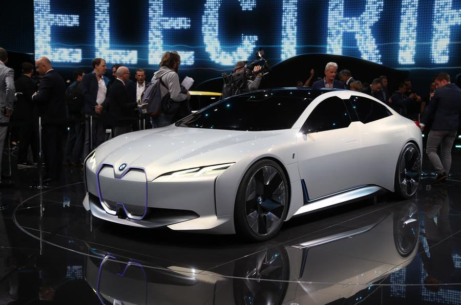 New BMW i4 shown winter testing in first official images ...