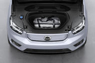 Volvo XC40 Recharge - front boot