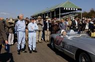 99 Racing Lines Goodwood revival Moss lead