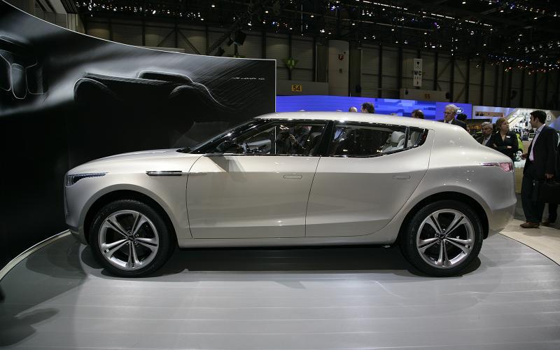 Aston SUV to use Mercedes GL platform