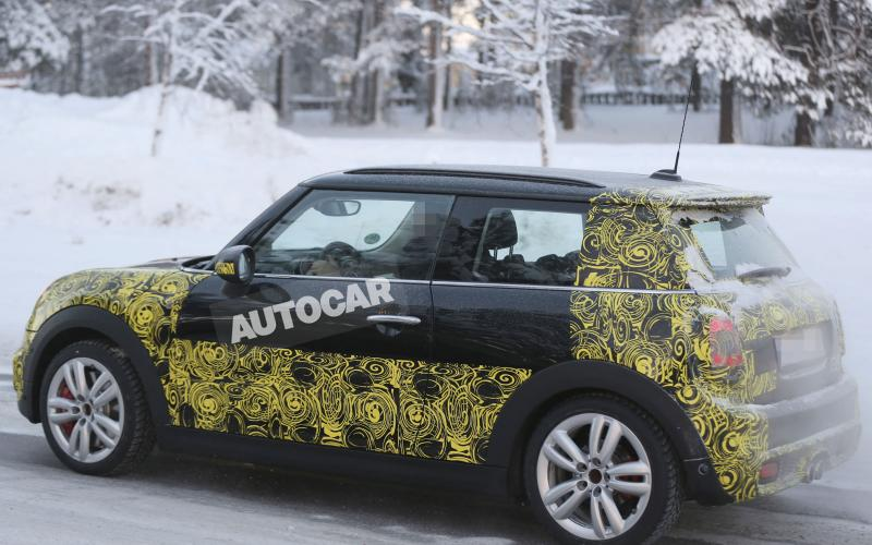 Mini John Cooper Works spotted - first pictures