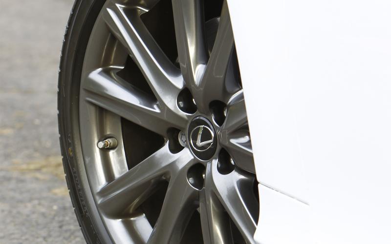 Lexus GS300h first drive review