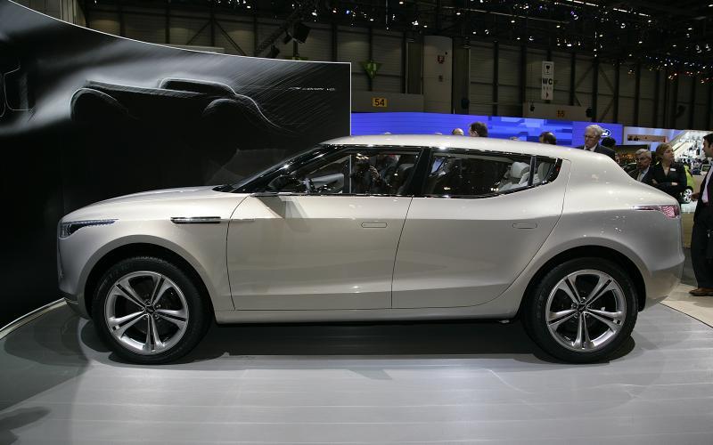 Aston Martin Lagonda SUV plan revived