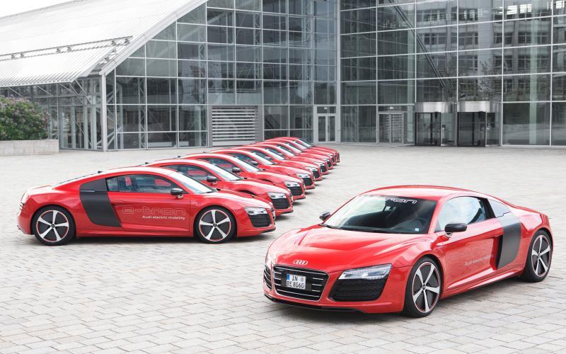 Audi R8 e-tron to be built
