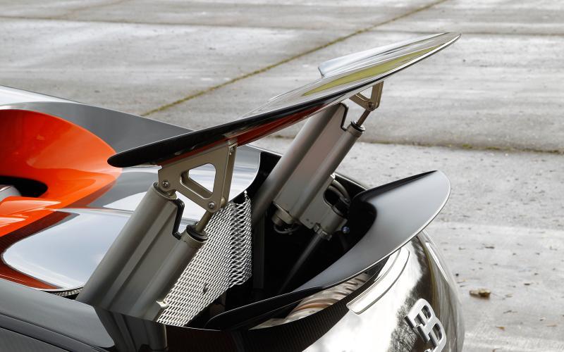 Bugatti Veyron air brake
