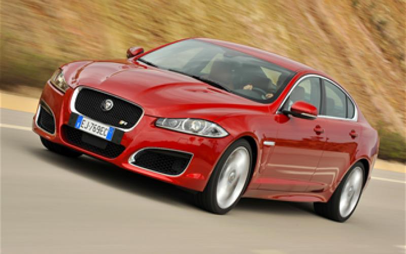 Jaguar plots hot XFR-S