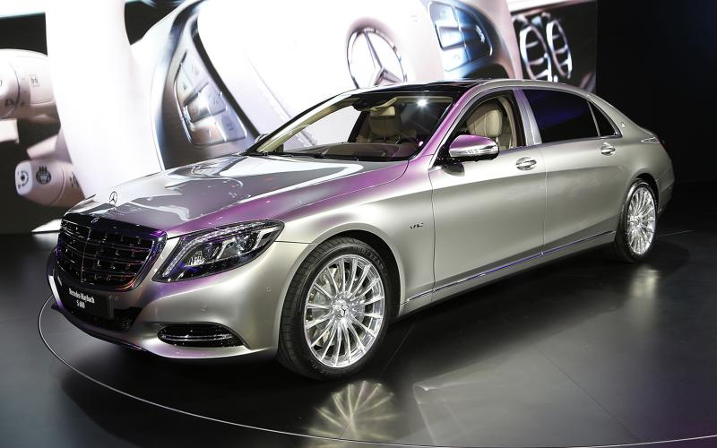 Mercedes revives maybach name for super luxury s class for Mercedes benz s 600 price