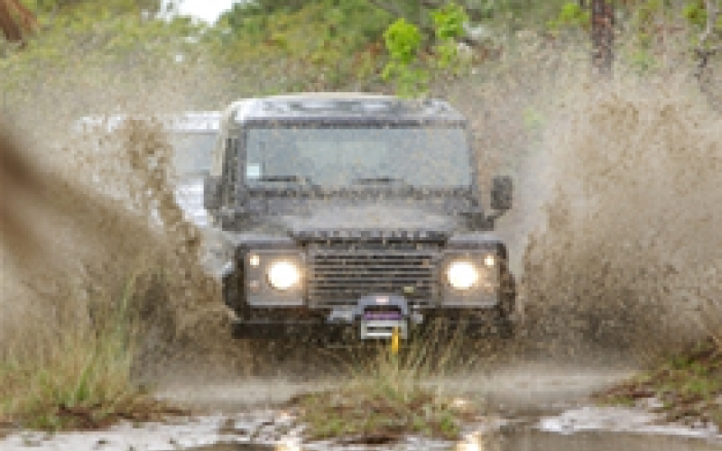 Land Rover cuts back