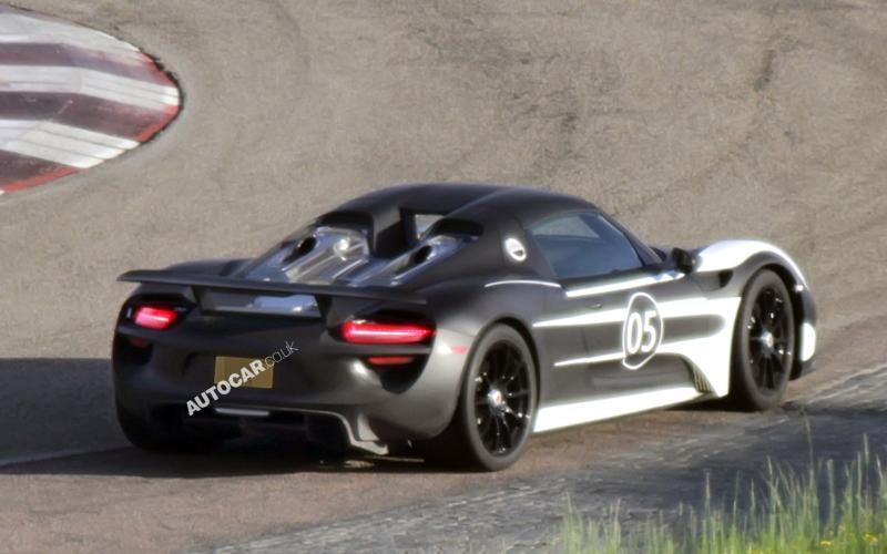 Porsche 918 Spyder scooped