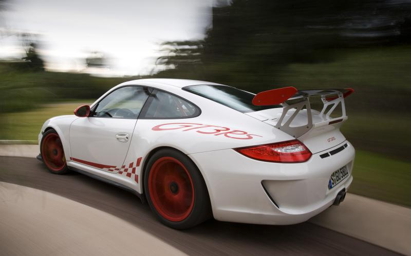 Porsche considers a turbo for next 911 GT3 RS
