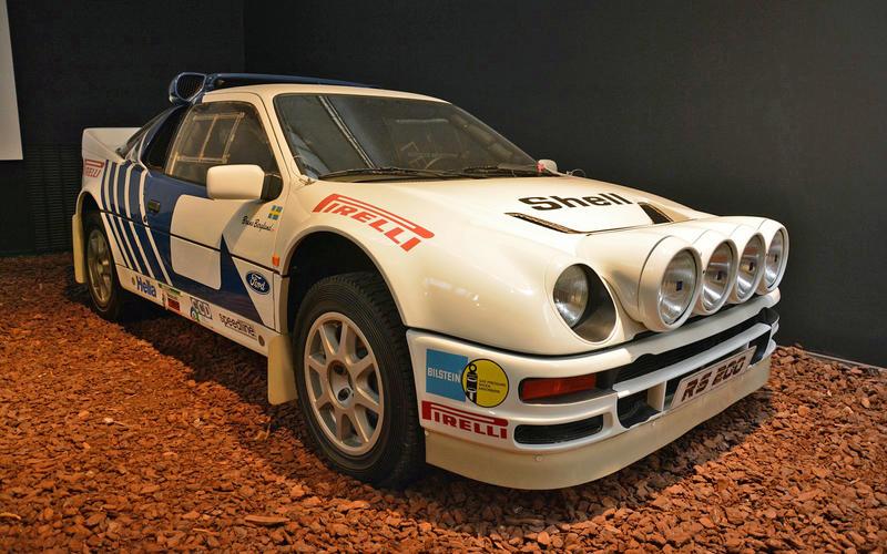 France's national automotive museum, the Cité de l'Automobile, is the largest of its kind in the world.