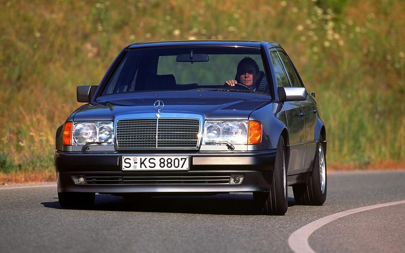 Mercedes-Benz 500E (1990)