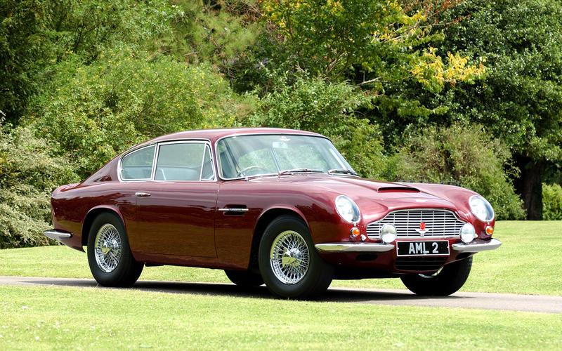 Aston Martin DB6 (1965)