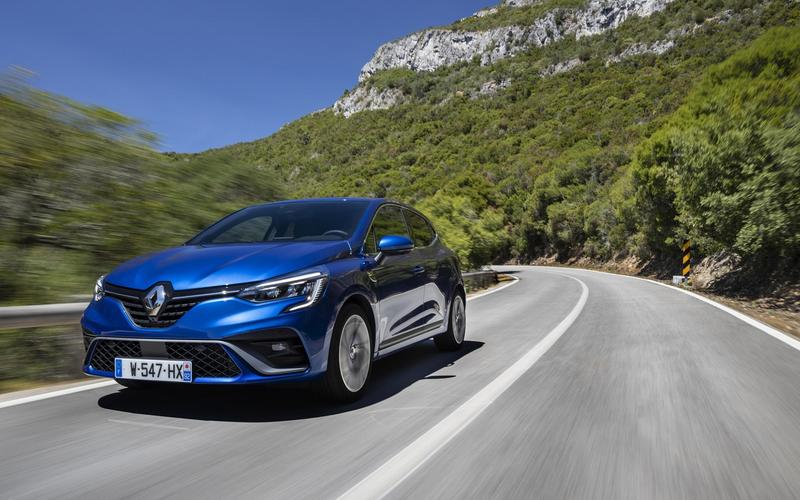 8: France, Renault Clio – 154,220