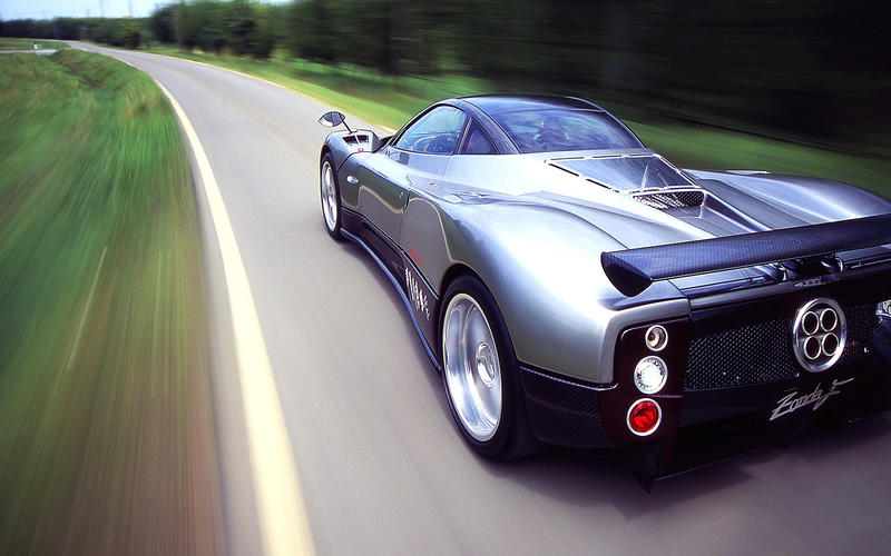 Twenty years ago, manufacturers were bringing to market what would become their first 21st-century cars.
