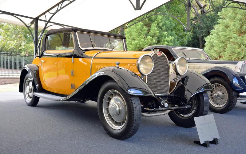 Bugatti Type 49 Touring (1931)