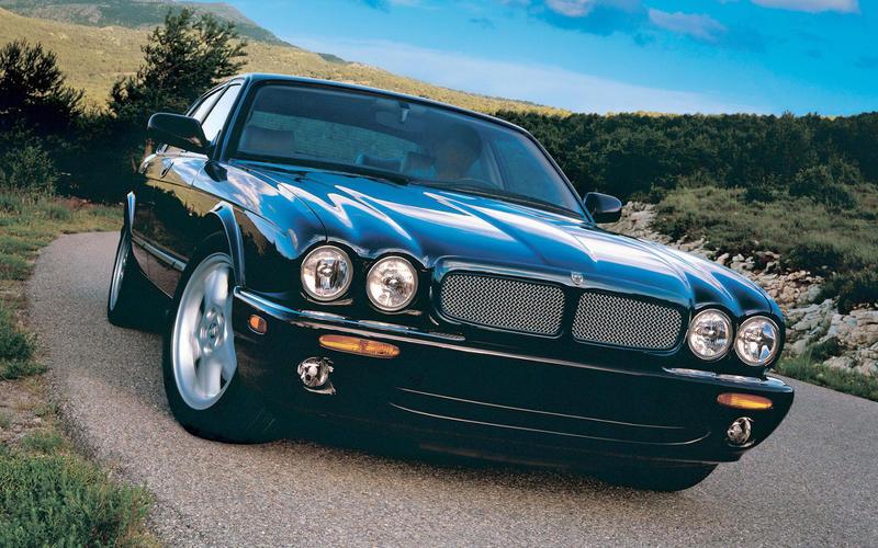 Jaguar XJR V8 (1997)