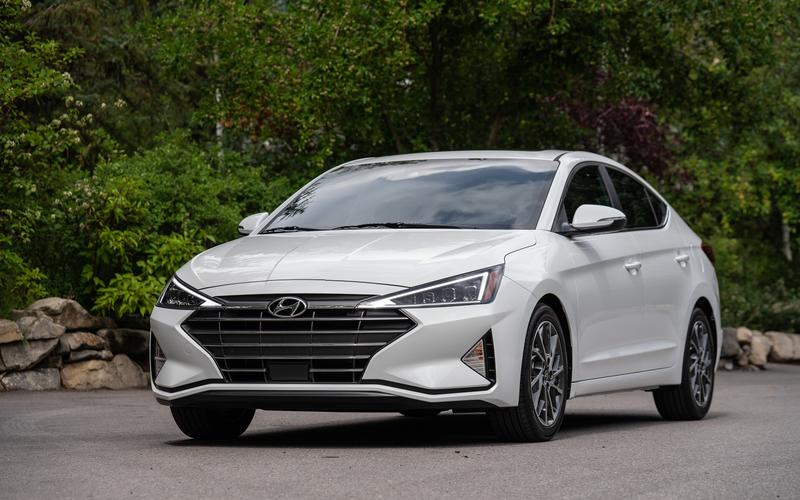 11: Hyundai Elantra – 650,803 sales