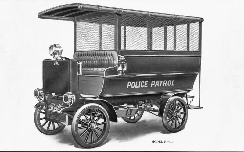 72: Rapid Model F 700B Police Patrol Wagon (USA)