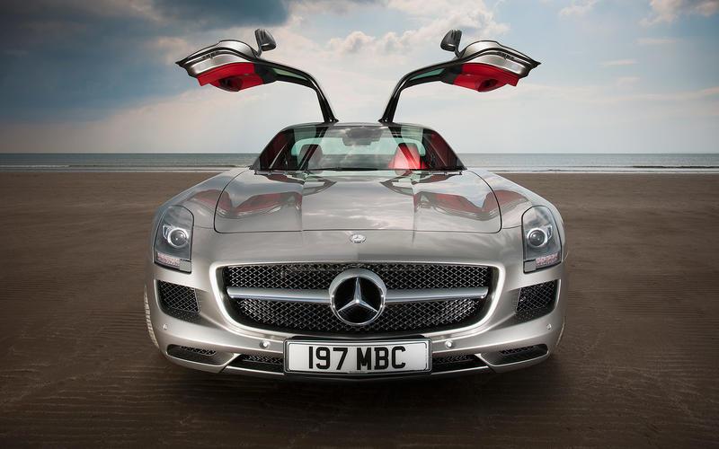 Mercedes-Benz SLS (2010)