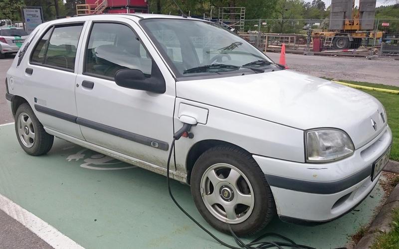 Renault Clio (1995)